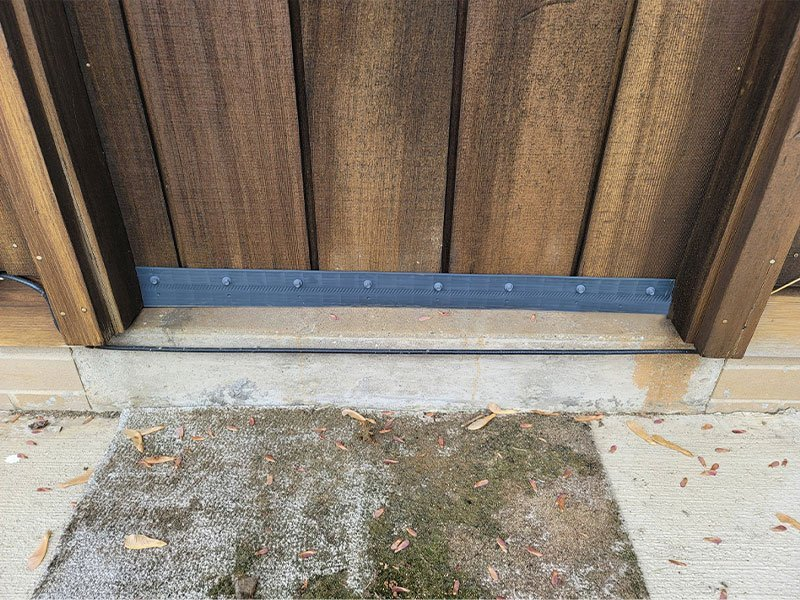 Beautiful home door with Rodexit straight proofing strip